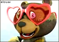 Psycho teddy bear smiling, with red heart shapped sunglasses